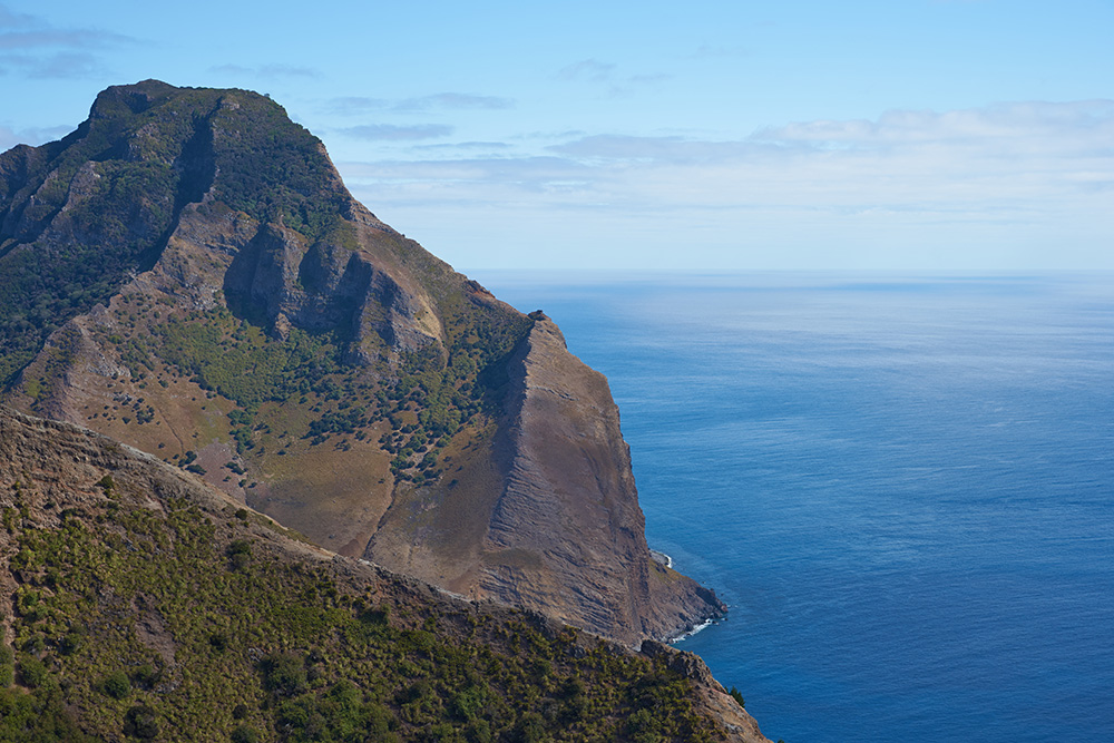 Robinson Crusoe Island - Peterman's Eye
